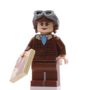 Product shot Custom Design Mini Figure - Amelia Brickhart