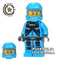 Product shot LEGO Alien Conquest Mini Figure - Alien Defense Unit Soldier 3