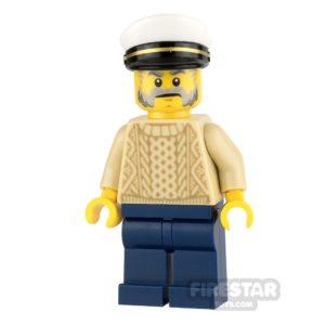 Product shot LEGO Ideas - Captain