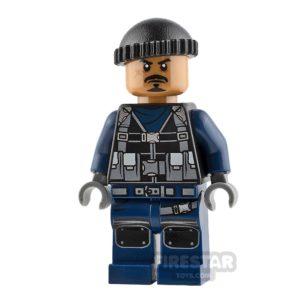 Product shot LEGO Jurassic World Figure Guard Anchor Beard
