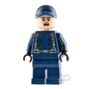 Product shot LEGO Jurassic World Figure - Guard - Scared Face
