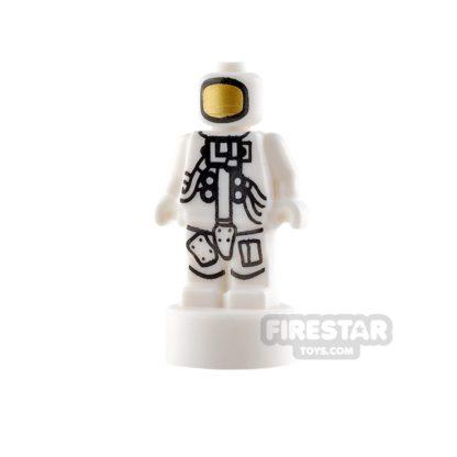 Product shot LEGO - Minifigure Statuette - NASA Astronaut