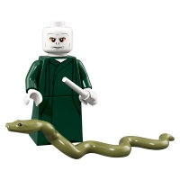 Product shot LEGO Minifigures 71022 Lord Voldemort