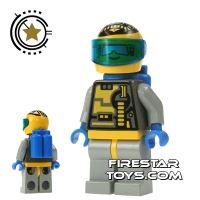 Product shot LEGO Space - Unitron Chief