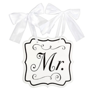 Product shot Mr White Wooden Chair Sign