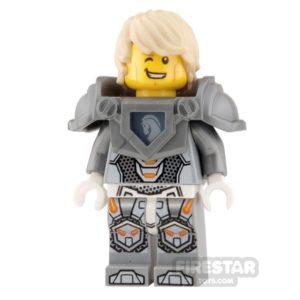 Product shot LEGO Nexo Knights Mini Figure - Lance - without Helmet
