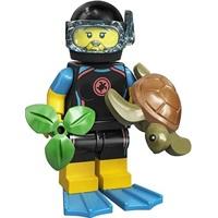 Product shot LEGO Minifigures 71027 Sea Rescuer