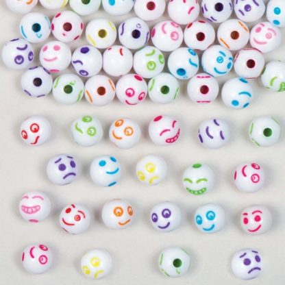 Emoji Beads - 300 Pony Beads With Funny Faces. Plastic Craft Beads. 7 Assorted Designs. Diameter 8mm.