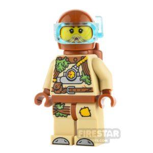 Product shot LEGO Hidden Side Minifigure Jennie Napo