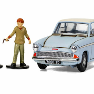 Corgi Harry Potter Mr Weasleys Enchanted Ford Anglia With Harry and Ron Figures